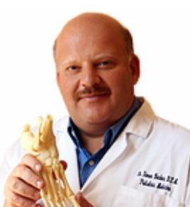 Dr. Simon Becker DPM